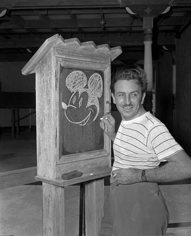 Disney debuts new creation - Mickey Mouse