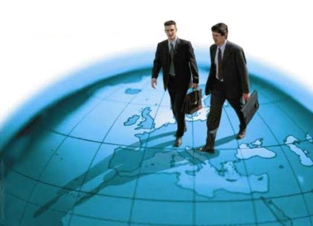 CREACION INSTITUCIONES FINANCIERAS EN EL MUNDO