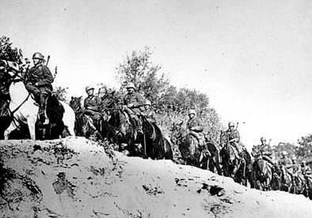 Italy invades Greece; Germany attacks Romania