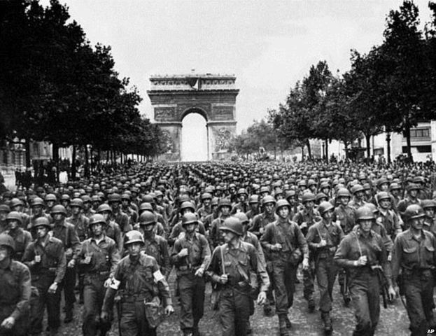 Allies liberate Paris from Germans