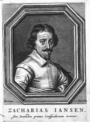 Janssen; Desarrolla el primer microscopio compuesto.