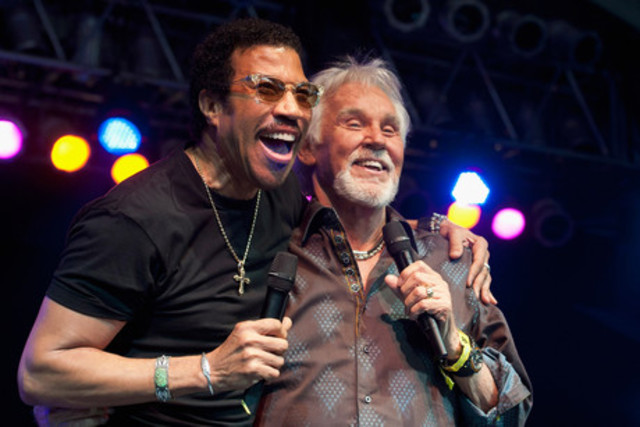 """Lionel Richie and Kenny Rogers: """"Lady"""""""