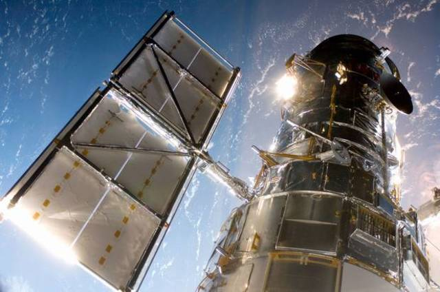 Hubble Space Telescope is launched!