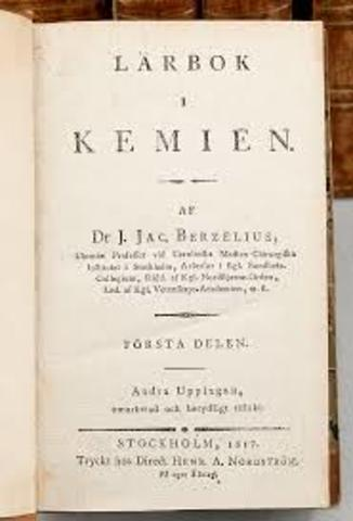 Jöns Jacob Berzelius publica Lärbok i Kemien