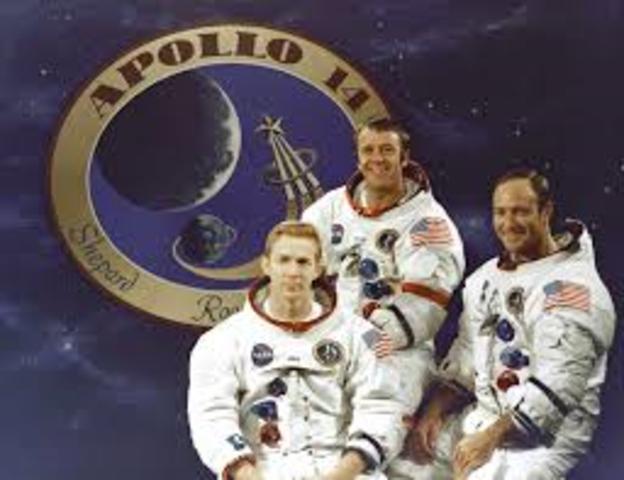 USA launch Apollo 14