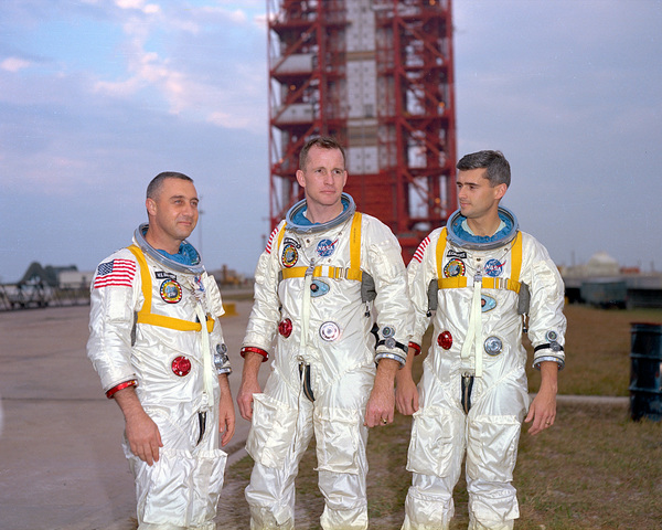 Gus Grissom, Ed White, and Roger Chaffee are killed in the Apollo 1 accident
