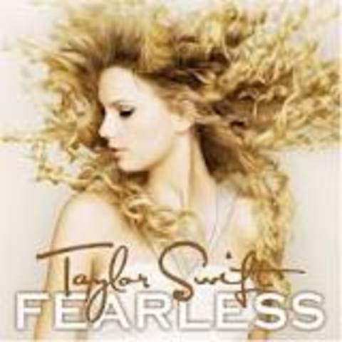 Taylor Swift's Fearless tops charts.