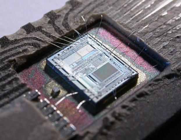 Aparición de circuitos integrados
