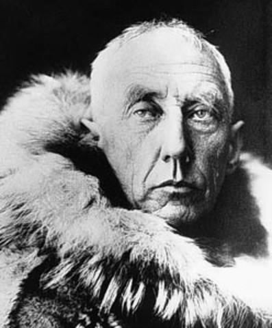 Roald Amundsen reach the South Pole