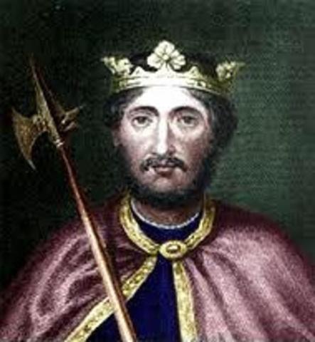 Carlos Martel lidera os francos