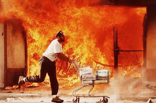 Violence errupts (Riots Day 1)