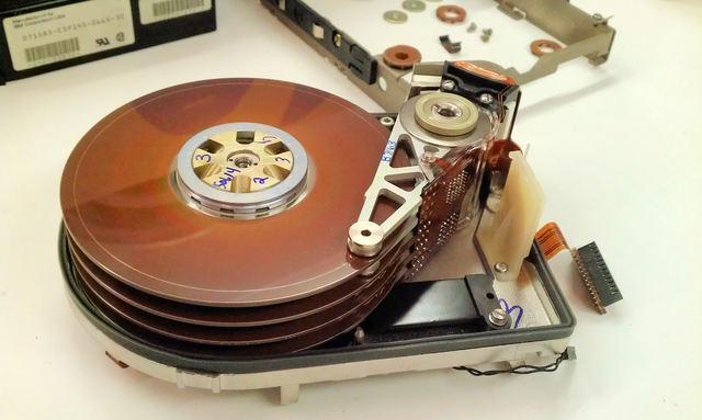El primer disco duro removible