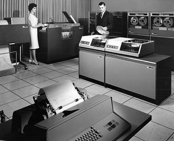 IBM presenta su modelo modelo 1311