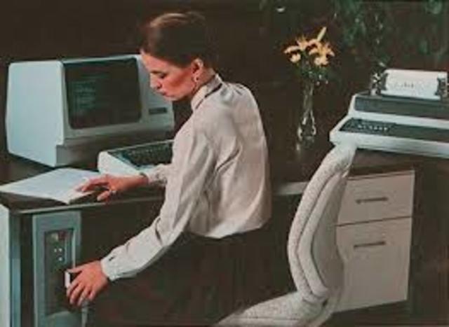 Primera Minicomputadora (NOVA)
