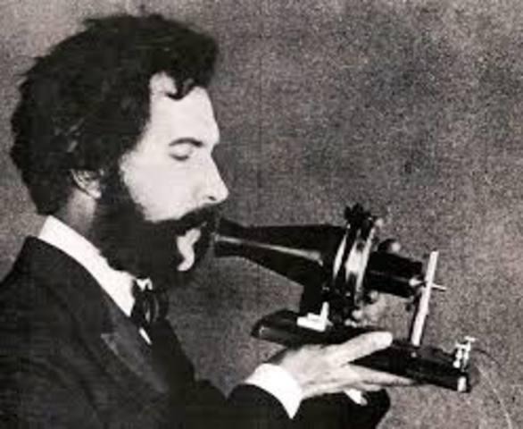 Invención y desarrollo del teléfono  (Alejandro Graham Bell)
