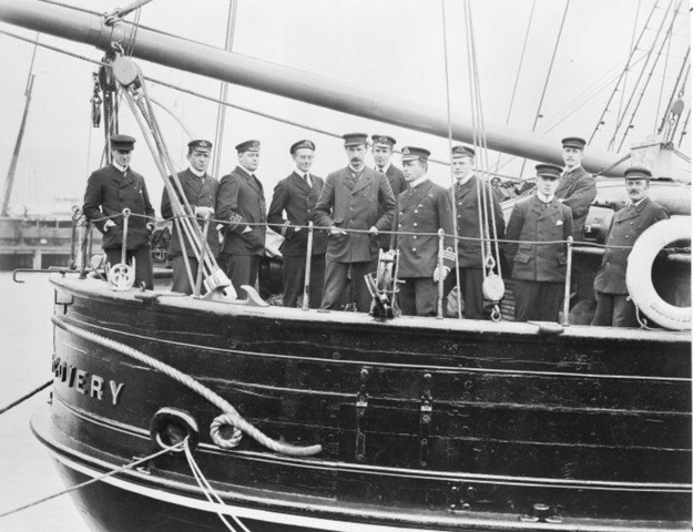 Robert Falcon Scott's Discovery Expedition lands at McMurdo Sound.