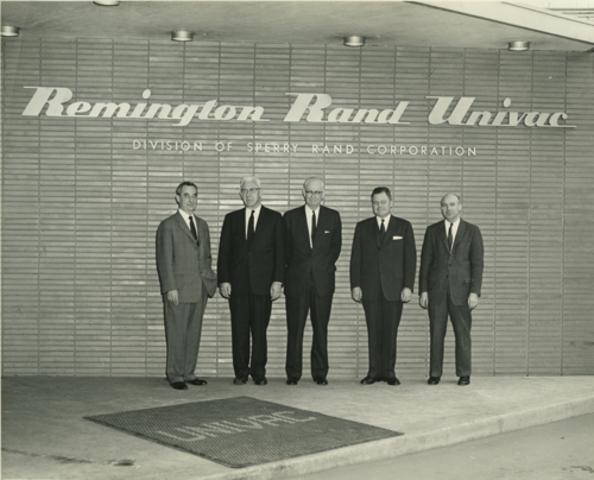 IBM y Remington Rand Univac.