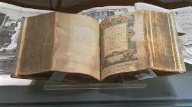 En el siglo V despues de la publicacion de las XII tabas tuvo lugar la laicizacion del derecho. se separo lo religiosos de lo jurídico.