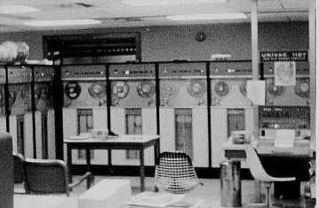 Inicio de las computadoras electrónicas.