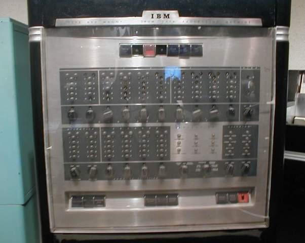 Surguimiento de la maquina IBM 650