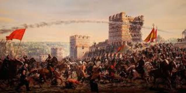 los turcos se apoderaron de Constatinopla (imperio oriente) en 1453.