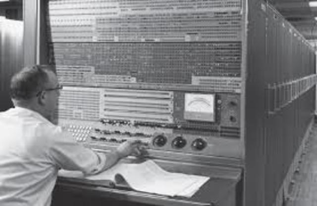 La multiprogramación en la computadora IBM Stretch