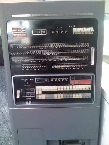 Maquina IBM 701