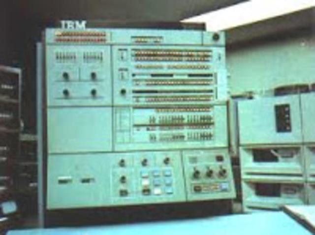 IMB colocó disquette al computador 3740