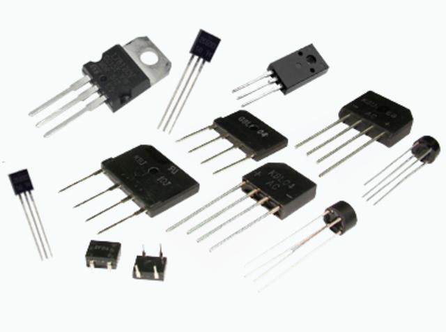 Nueva generacion de computadoras que utilizan transistores