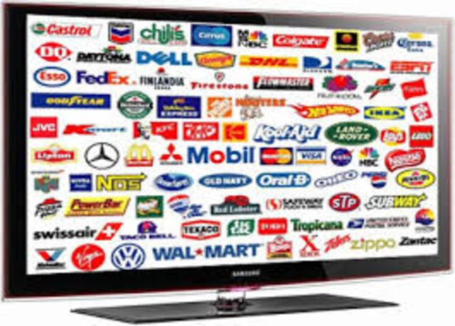 La televisión desplaza los periódicos