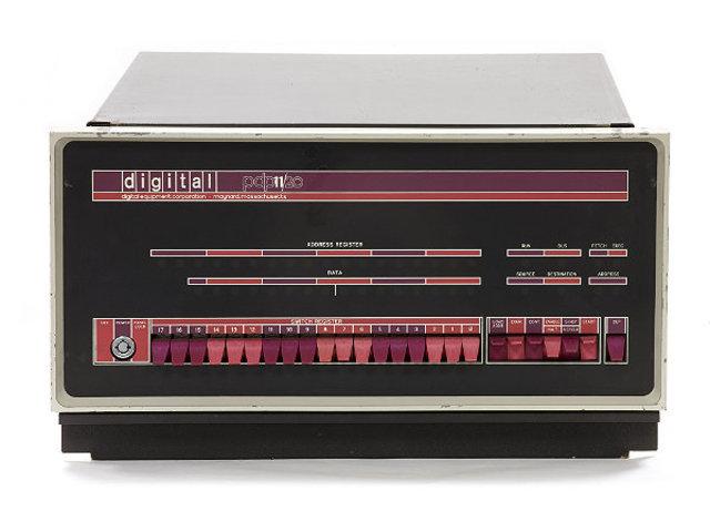 PDP-11/20.