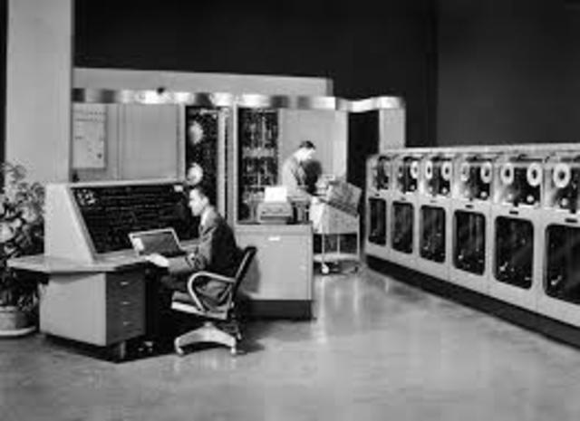 computadora UNIVAC 1951