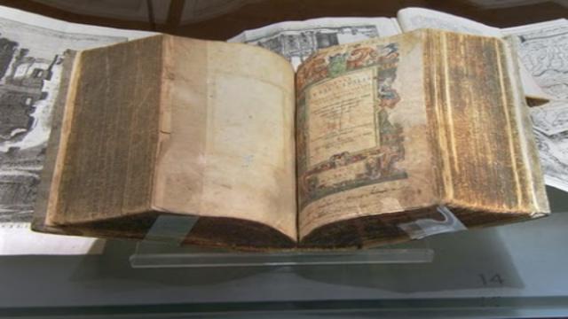 Constitución Summa rei publicae