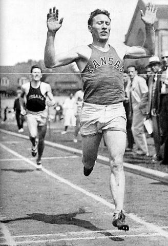 Glenn Cunningham sets the world record for fastest mile