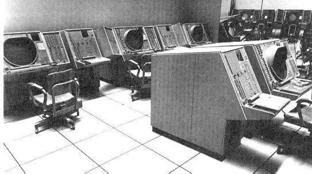 "Primer Simulador ""Whirlwind"""