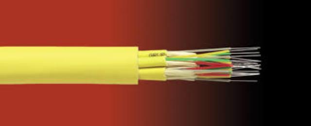 Invento del primer cable de fibra optica