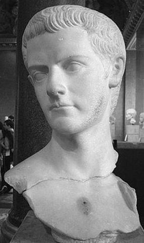37 d.c. Calígula Emperador.