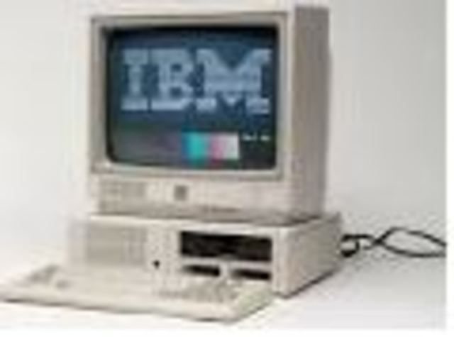 IBM crea el PC