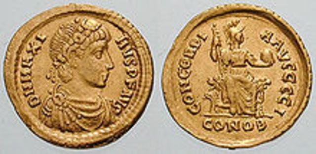 Magno Clemente Máximo emperador usurpador de Roma