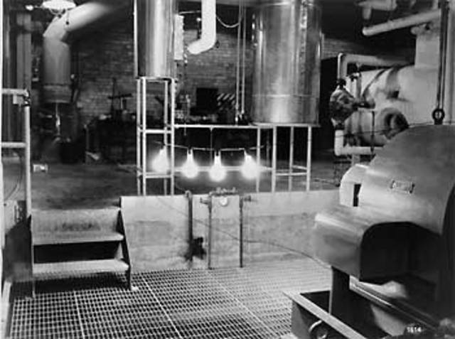 First Nuclear Power Reactor to Generate Electricity
