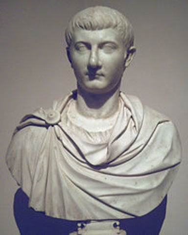 Tiberio deja el poder a Sejano en 26 d.C.