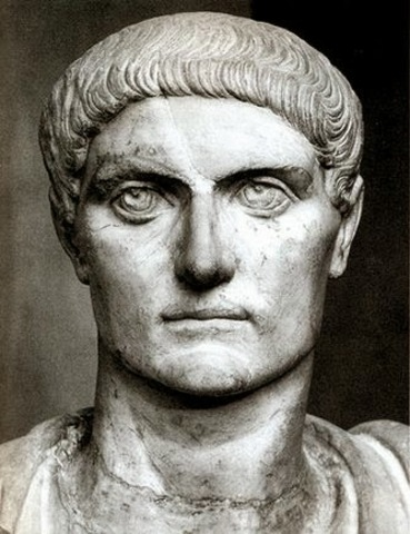 El emperador Constantino trasladó la Capital del Imperio a Oriente (330d.C)