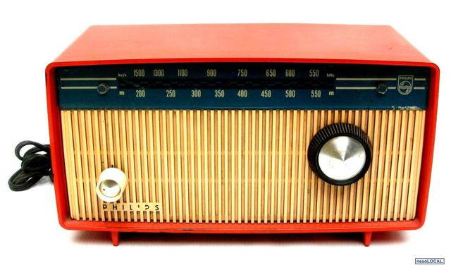 Europa: Transmisión de clases magistrales por radio