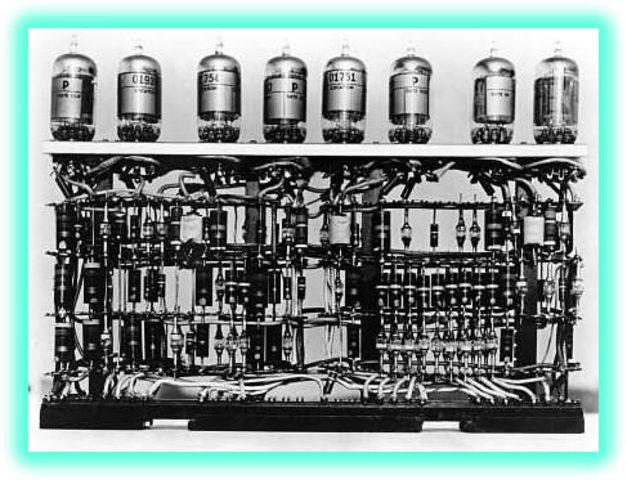maquinas usando tubos de vacio