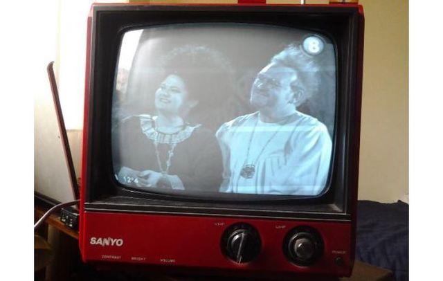 Televisor a Blanco y Negro