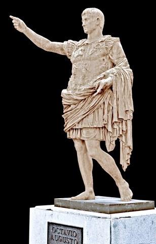 primer rey Rómulo (753-717 a. C.)