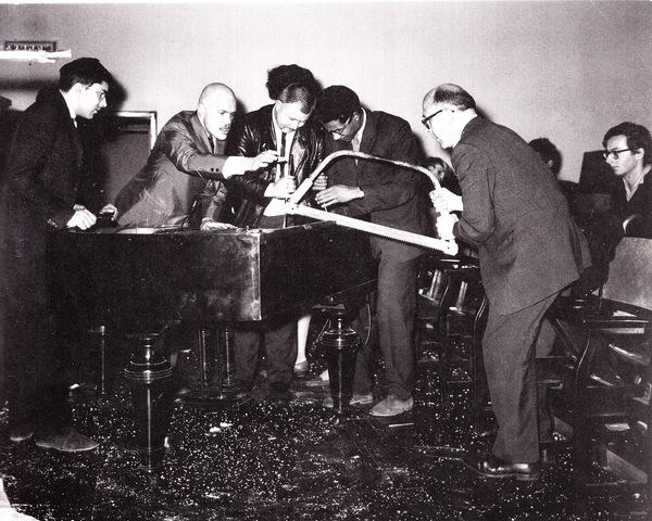 "Philip Corner performs ""Piano Activities"""
