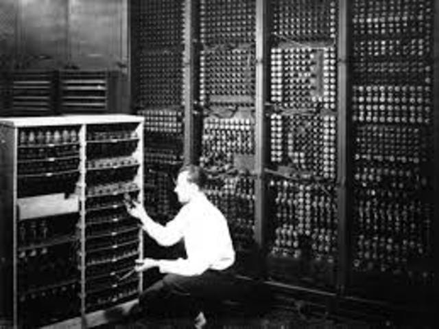 Charles Babbage Anounces the Creation of the First Computer (ENIAC)
