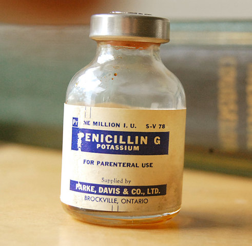 Penicillin is Discovered