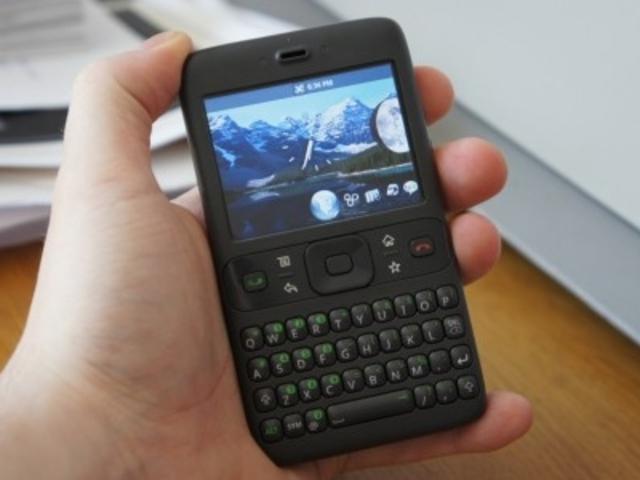 primer telefono con android
